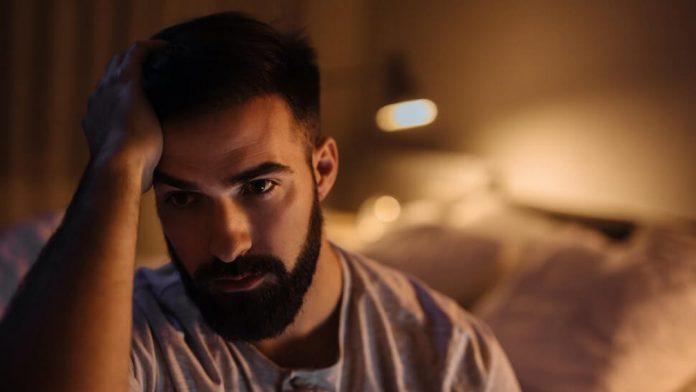 सहा गोष्टी तुम्हाला Depression म्हणजे नैराश्यापासून दूर ठेवतील