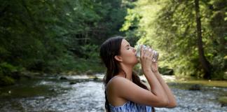 चांगल्या आरोग्यासाठी पाण्याचे महत्त्व