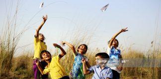 मुलांना मैत्री करायला कसे शिकवावे