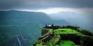 कमी खर्चात सुट्ट्यांचा आनंद लुटण्यासाठी महाराष्ट्रातली १० पर्यटनस्थळे