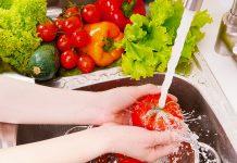 फळे आणि भाज्यांवरची कीटकनाशके कशी काढावीत!!