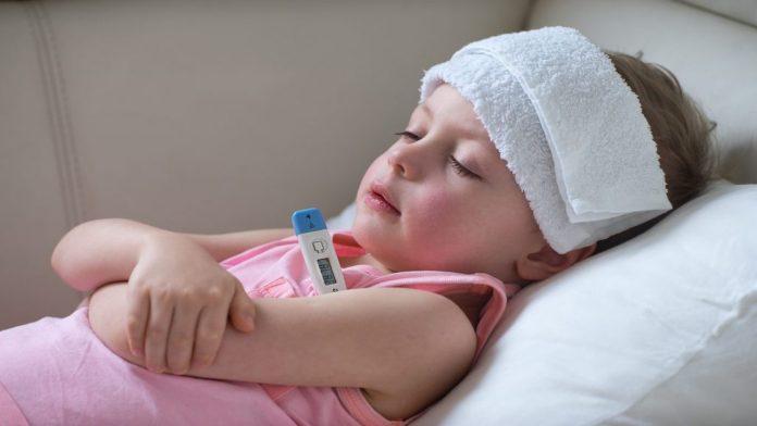 ताप येण्याची कारणं ताप आला तर काय करावे ताप आला असताना काय काळजी घ्यावी आहार कसा असावा?