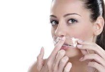 चेहऱ्यावरील अनावश्यक केस घालवण्याचे आठ घरगुती उपाय