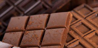 डार्क चॉकलेट खाण्याचे फायदे